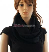 Knitted Pattern Infinity Scarf Black