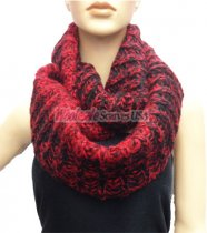 Lop Chunky Knit Infinity Scarf Red